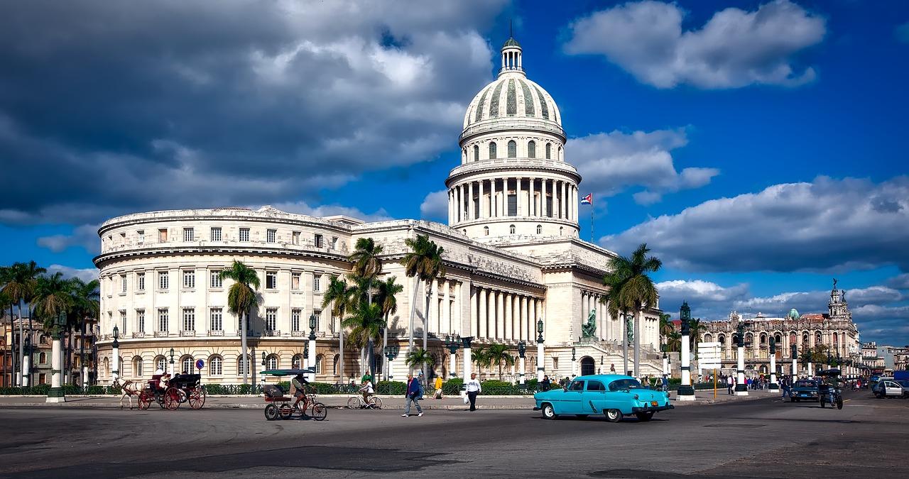 Vancouver to Havana, Cuba cheap flights deals