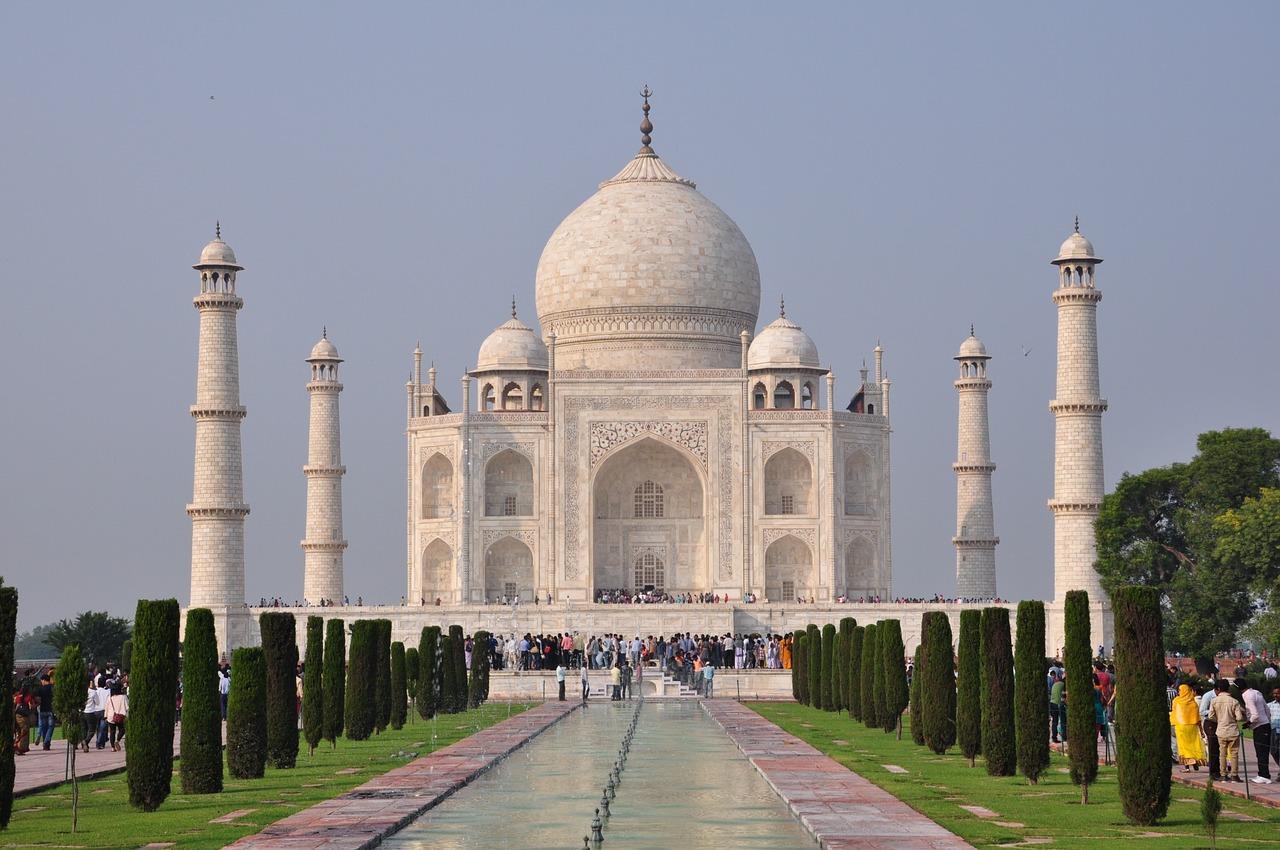 Vancouver to New Delhi, India cheap flights deals