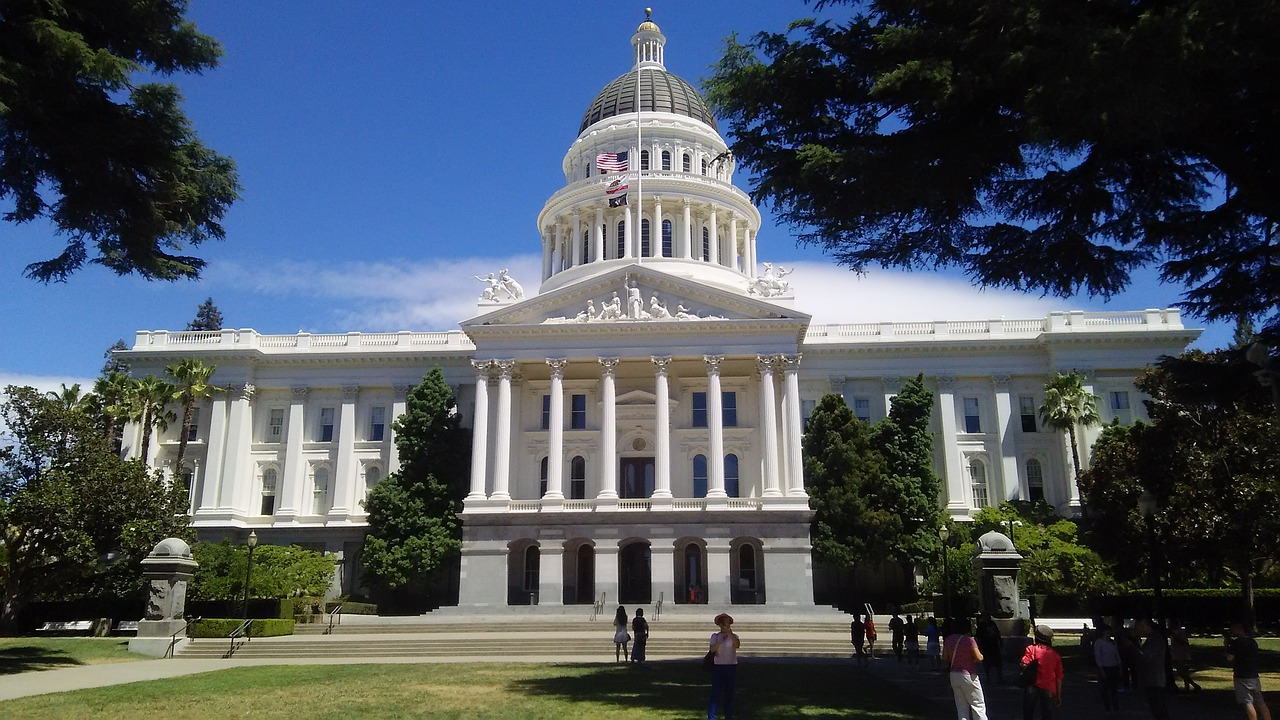 Cheap flights deals to Sacramento, USA